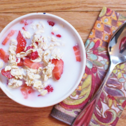 Overnight Oats (For People Who Hate Early Mornings) – $.74 per serving